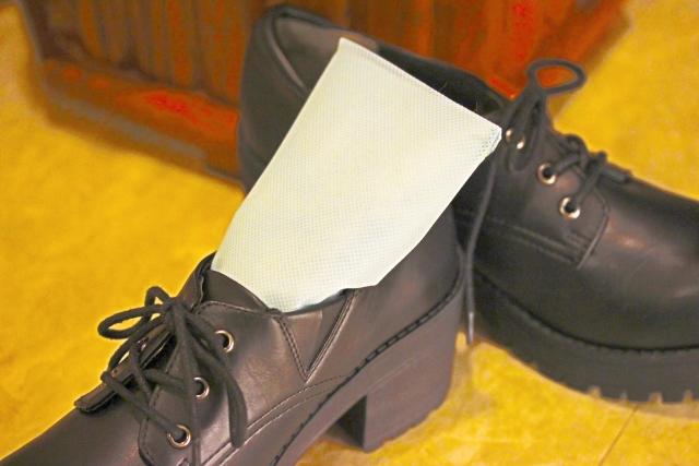 やっと見つけた!オススメの足が蒸れない室内履きのスニーカー